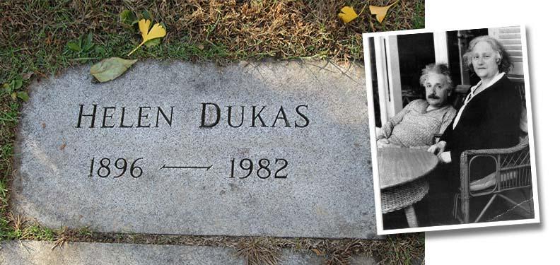 dukas_grave